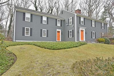 East Greenwich Single Family Home For Sale: 50 Bow St