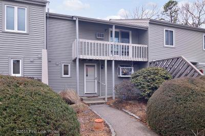 North Kingstown Condo/Townhouse Act Und Contract: 58 Deerfield Ct