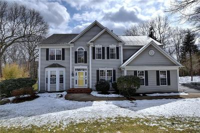 North Kingstown Single Family Home For Sale: 67 Haggarty Hill Rd