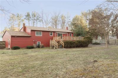 North Kingstown Single Family Home For Sale: 7 Nised Dr
