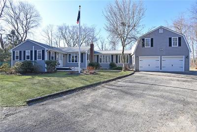 North Kingstown Single Family Home For Sale: 63 Pendar Rd