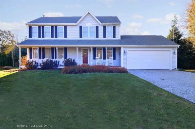 South Kingstown Single Family Home For Sale: 40 Millfield Ct