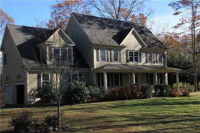 North Kingstown Single Family Home For Sale: 73 Sycamore Lane