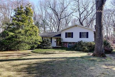 South Kingstown Single Family Home Act Und Contract: 71 Conant Lane