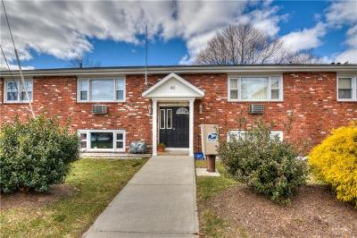 Coventry Condo/Townhouse Act Und Contract: 40 Holden St, Unit#204 #204