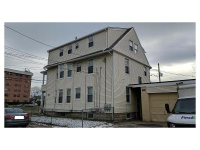 Multi Family Home Act Und Contract: 77 - 79 Warwick Av