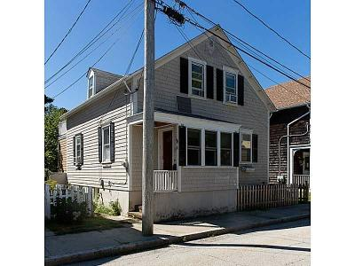 Newport Single Family Home For Sale: 19 Stockholm St