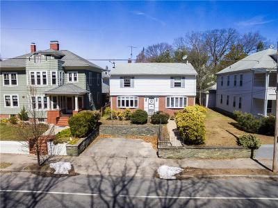 Pawtucket Multi Family Home For Sale: 65 Alfred Stone Rd