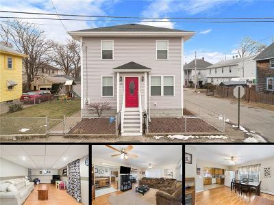 East Providence Single Family Home For Sale: 30 Oak Av