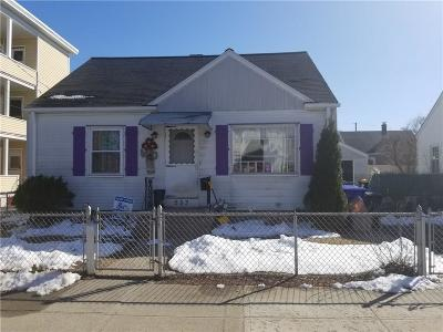 Pawtucket Single Family Home For Sale: 253 Benefit St