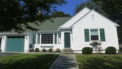 Warwick Single Family Home For Sale: 49 Overhill Rd