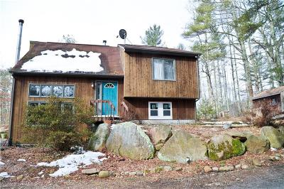 Coventry Single Family Home For Sale: 5174 Flat River Rd