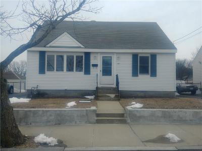 Providence RI Single Family Home For Sale: $159,900