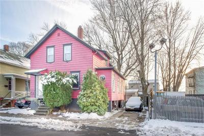 Pawtucket Single Family Home For Sale: 292 Lowden St