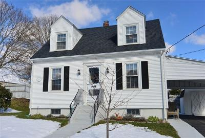 Johnston Single Family Home For Sale: 92 No Fairview St