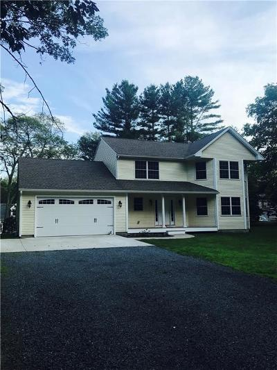 East Greenwich Single Family Home For Sale: 2250 Division Rd