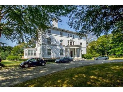 Newport Condo/Townhouse For Sale: 519 Bellevue Av, Unit#1n #1N