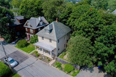 Newport Multi Family Home For Sale: 4 - 6 Kay Ter