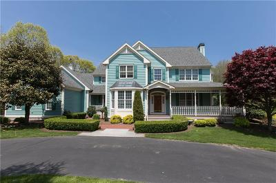 North Kingstown Single Family Home For Sale: 217 Glen Hill Dr