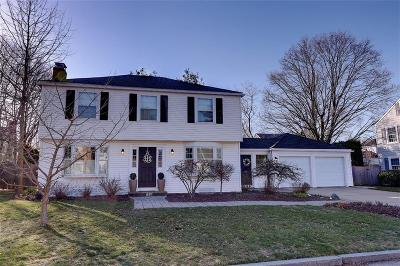 East Providence Single Family Home Act Und Contract: 11 Beech Tree Rd