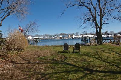 North Kingstown Single Family Home For Sale: 32 Bay St