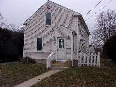 Newport Single Family Home For Sale: 8 Dexter St