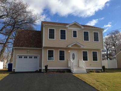 North Providence Single Family Home For Sale: 219 High Service Av