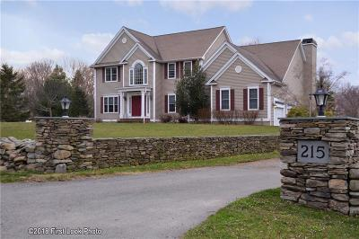 Bristol County Single Family Home For Sale: 215 Touisset Rd