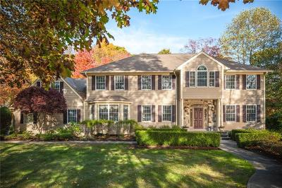 East Greenwich Single Family Home For Sale: 35 Spencers Grant Dr
