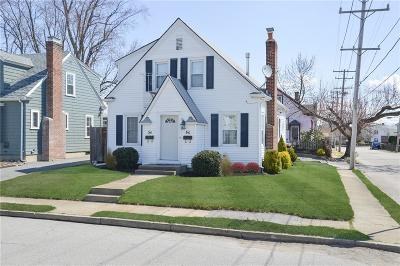 Cranston Multi Family Home Act Und Contract: 60 Pershing St