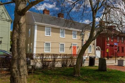 Newport County Single Family Home For Sale: 42 Thames St