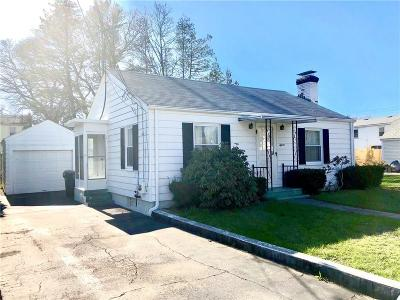 Warwick Single Family Home For Sale: 15 Kendall Lane