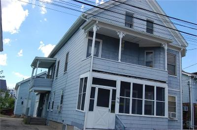 Woonsocket Multi Family Home Act Und Contract: 134 Brook St