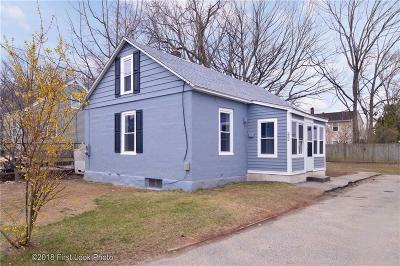 Woonsocket Single Family Home For Sale: 252 Fisher St