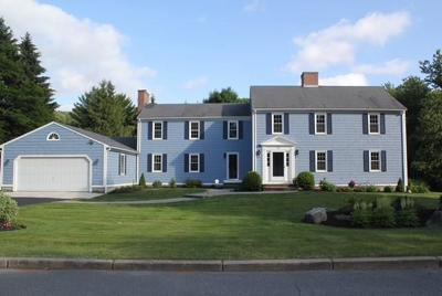 East Greenwich Single Family Home For Sale: 10 Tall Pine Drive Dr