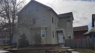 Pawtucket Multi Family Home For Sale: 77 Meadow St