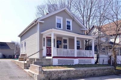 Providence Single Family Home For Sale: 1006 Atwells Av