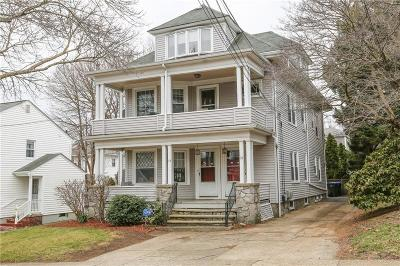 Providence Multi Family Home For Sale: 34 Hilltop Av