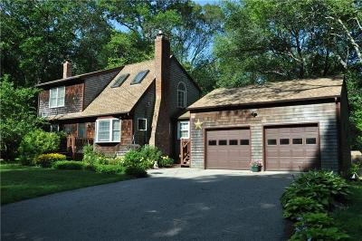 South Kingstown Single Family Home Act Und Contract: 83 Johnny Cake Trl S