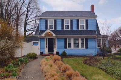 Pawtucket Single Family Home For Sale: 170 Ridge St