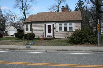 Warwick Single Family Home For Sale: 267 Ives Rd