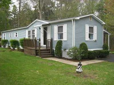 Coventry Single Family Home For Sale: 45 Sherwood Valley Lane