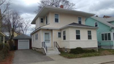Pawtucket Single Family Home For Sale: 27 Perrin Av