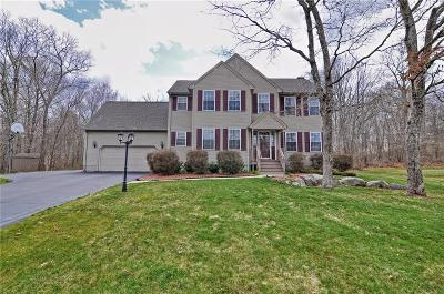 South Kingstown Single Family Home For Sale: 30 Evergreen Ct