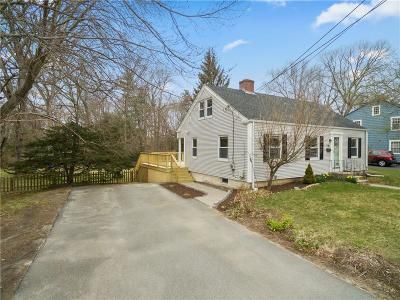 Coventry Single Family Home For Sale: 65 Hopkins Hill Rd