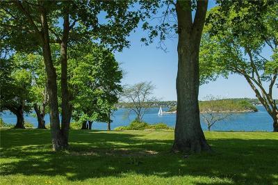 Tiverton Single Family Home For Sale: 69 Nanaquaket Rd