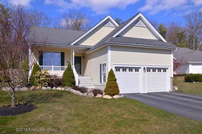 Smithfield Condo/Townhouse For Sale: 30 Rimwood Dr