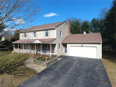 North Kingstown Single Family Home For Sale: 32 Morgan Ct