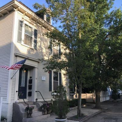 Newport Condo/Townhouse For Sale: 32 School St, Unit#2 #2