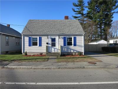 East Providence Single Family Home For Sale: 41 Wampanoag Av